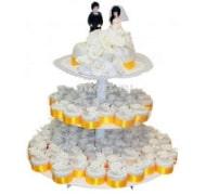 С капкейками и мини пирожными