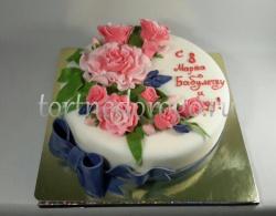 Торты на 8 марта # Торт в розами и лентой
