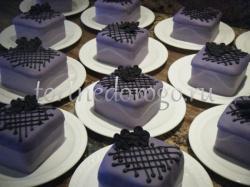 Торты с капкейками и мини пирожными # 10