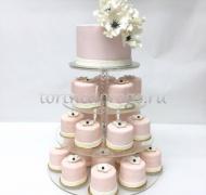 Торты с капкейками и мини пирожными # 20