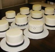 Торты с капкейками и мини пирожными # 21