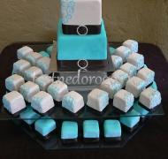 Торты с капкейками и мини пирожными # 12