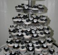 Торты с капкейками # 23
